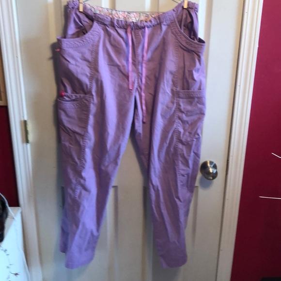 Peaches lavender scrub pants sz XL